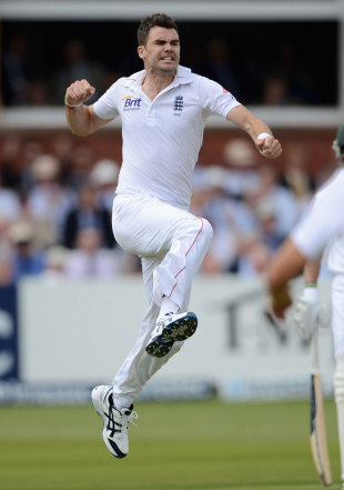 James Anderson was the pick of England's bowlers after South Africa chose to bat first
