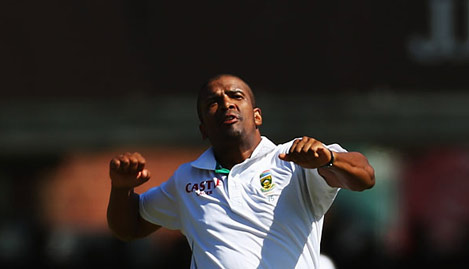 Vernon Philander struck straight away with the second new ball