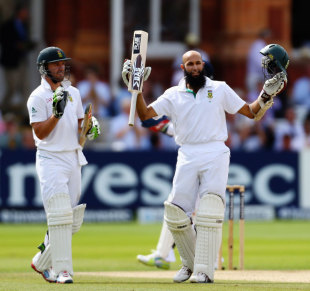 AB de Villiers applauds Hashim Amla's century, England v South Africa, 3rd Investec Test, Lord's, 4th day, August 19, 2012