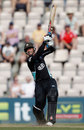 Zander de Bruyn's half-century helped Surrey up to 175