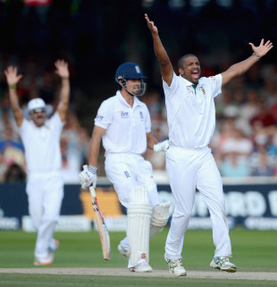 Vernon Philander appeals for lbw against Alastair Cook, England v South Africa, 3rd Investec Test, Lord's, 4th day, August 19, 2012