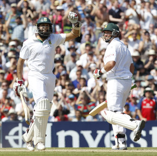In Hashim Amla and Jacques Kallis South Africa have two of the giants in the modern game