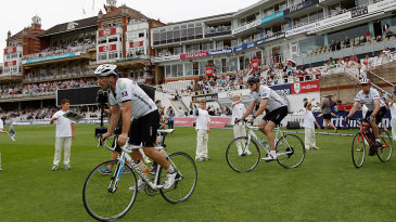 Matthew Maynard led a cycle ride from Cardiff to The Oval in memory of Tom Maynard
