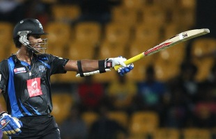 Dinesh Chandimal celebrates his fifty, Wayamba v Ruhuna, SLPL, Colombo, August 26, 2012