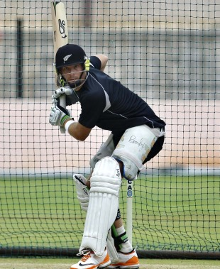 Martin Guptill bats in a nets session, Bangalore, August 29, 2012