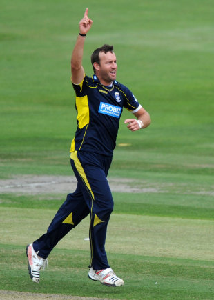 Sean Ervine sparked Hampshire's fightback with three wickets, Sussex v Hampshire, CB40 semi-final, Hove, September 1, 2012