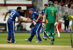 Ravi Bopara gets a handshake from James Tredwell after bowling Hashim Amla, England v South Africa, 4th ODI, Lord's, September 2, 2012