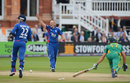 Craig Kieswetter stumped AB de Villiers off the bowling of James Tredwell