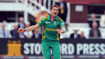 Dale Steyn bowled a probing opening spell