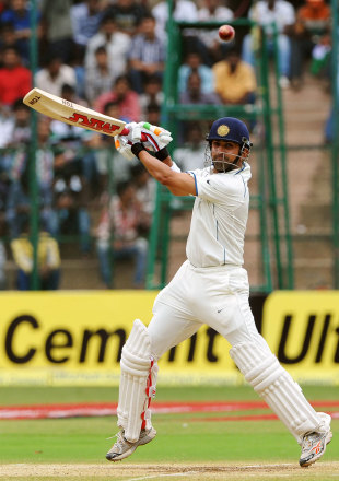 Gautam Gambhir cuts during his cameo, India v New Zealand, 2nd Test, Bangalore, 4th day, September 3, 2012