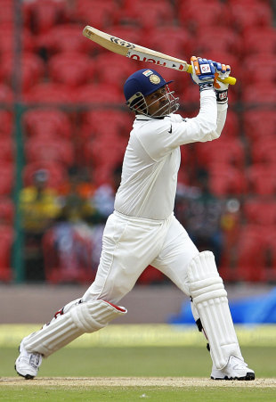 Virender Sehwag hits out during his 38 off 33, India v New Zealand, 2nd Test, Bangalore, 4th day, September 3, 2012
