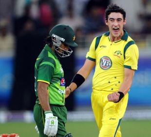 Mitchell Starc picked up three wickets as Australia dismissed Pakistan for 74