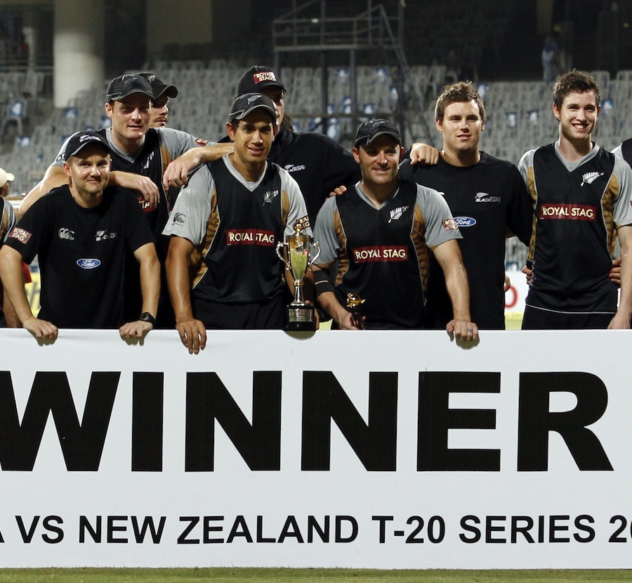 149679 - NZ come back to steal one-run win over INDIA