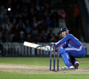Jos Buttler pulled off his favourite scoop shot twice, England v South Africa, 3rd T20 international, Edgbaston, September 12, 2012