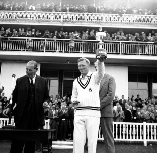MJK Smith lifts the Gillette Cup, Warwickshire v Worcestershire, Gillette Cup, final, Lord's September 3, 1966