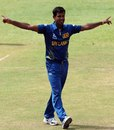 Nuwan Kulasekara took 2 for 39 against India
