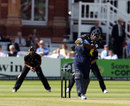Hampshire win last-ball thriller