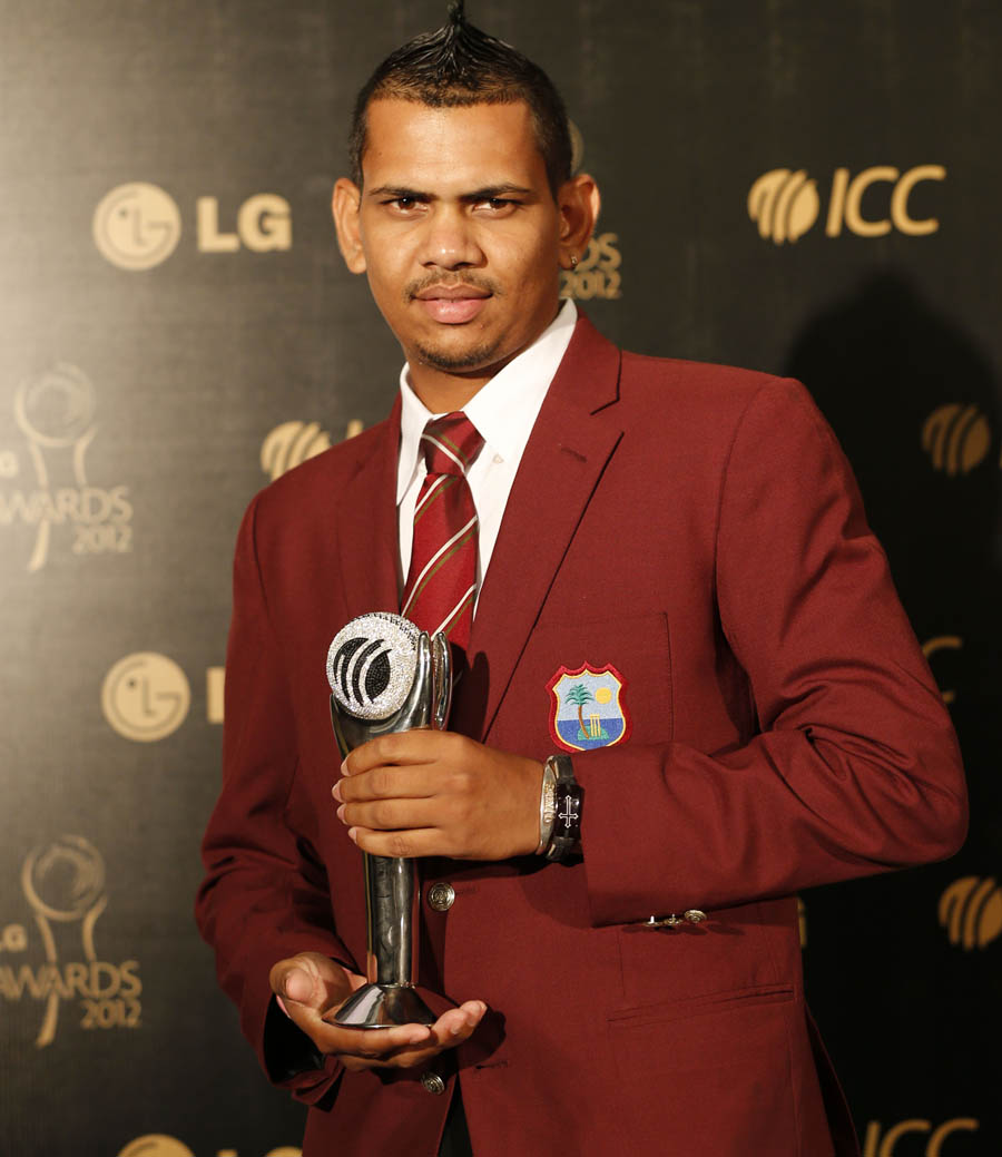 149833 - Narine awarded best newcomer at ICC awards