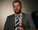 Daniel Vettori with the Spirit of Cricket award