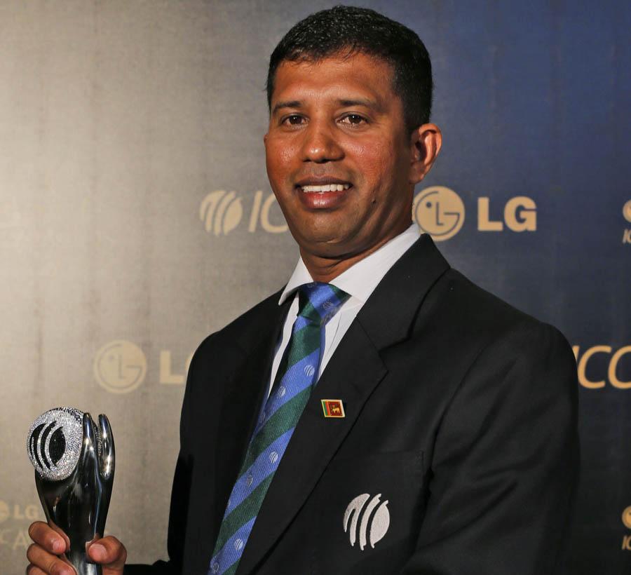 149838 - Kumar Dharmasena voted Umpire of the Year