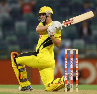 Mitchell Marsh sweeps during his 78, Western Australia v New South Wales, Ryobi Cup, Perth, September 16, 2012