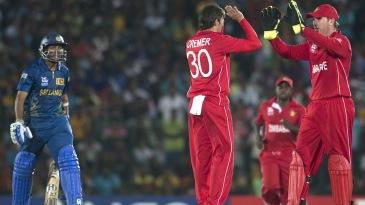 Graeme Cremer celebrates the wicket of Tillakaratne Dilshan