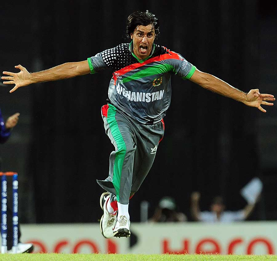 Shapoor Zadran dismissed India's openers
