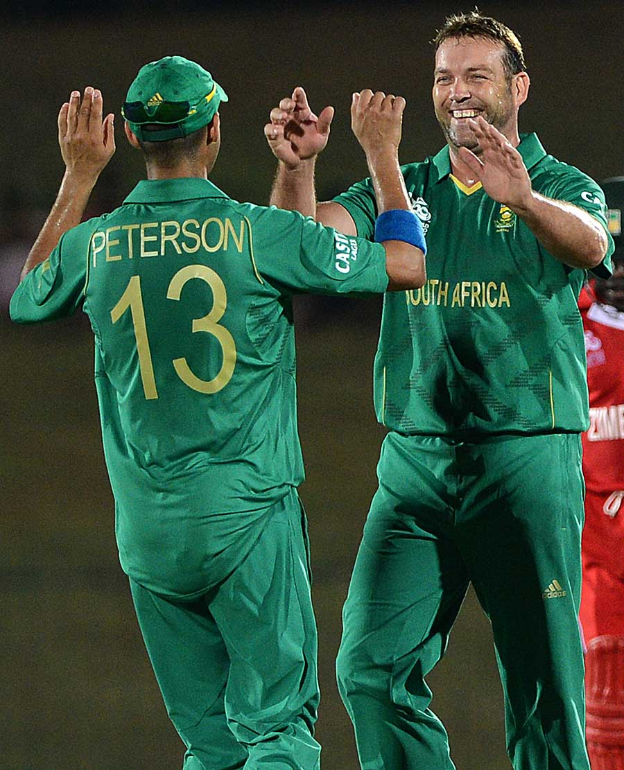 Jacques Kallis finished with four wickets