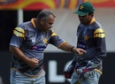 Dav Whatmore talks to Kamran Akmal