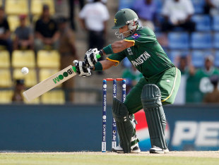 Mohammad Hafeez made 43 in 38 balls, New Zealand v Pakistan, World T20 2012, Group D, Pallekele, September, 23, 2012