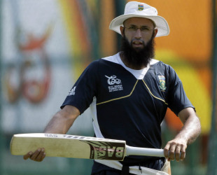 Hashim Amla at a training session, Colombo, September 26, 2012