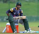 Imran Nazir takes a breather during practice