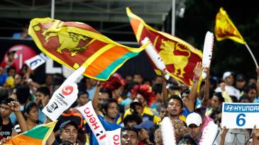 Sri Lanka fans cheer their team