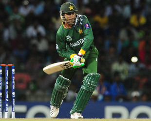 Shoaib Malik played a handy knock of 28, India v Pakistan, Super Eights, World Twenty20, Colombo, September 30, 2012