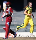 Ellyse Perry picked up the wicket of Stafanie Taylor, Australia v West Indies, 2nd semi-final, Women's World T20, Colombo, October 5, 2012