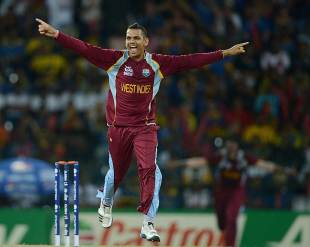 Sunil Narine picked up the crucial wicket of Mahela Jayawardene, Sri Lanka v West Indies, final, World Twenty20, Colombo, October 7, 2012