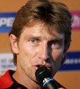 Kevin Curran speaks to the media, Ahmedabad, October 7, 2006