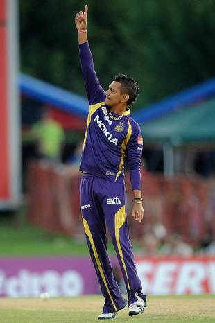 Sunil Narine picked up 3 for 21, Kolkata Knight Riders v Delhi Daredevils, Group A, Champions League Twenty20, Centurion, October 13, 2012