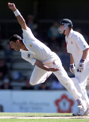 Waqar Younis: the man who put the reverse into swing