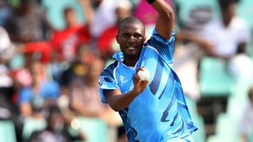 Ethy Mbhalati picked up three wickets