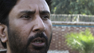 Saleem Malk talks to reporters in Lahore after applying for the post of Pakistan's batting coach