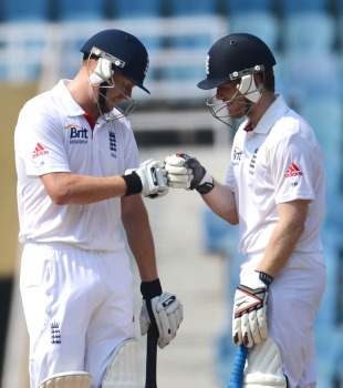 Jonny Bairstow and Eoin Morgan revived England, Mumbai A v England XI, Mumbai, 1st day, November 3, 2012