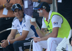 Alastair Cook and Kevin Pietersen have a chat, Mumbai A v England XI, Tour match, 1st day, Mumbai, November 3, 2012