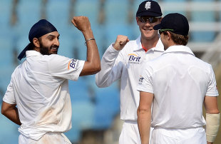 Monty Panesar finished with 3 for 64, Mumbai A v England XI, tour match, Mumbai, 3rd day, November 5, 2012