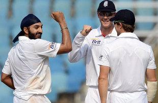 Monty Panesar finished with 3 for 64, Mumbai A v England XI, tour match, Mumbai, 3rd day, November 5, 2012