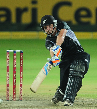 BJ Watling drives through the off side, Sri Lanka v New Zealand, 3rd ODI, Pallekele, November 6, 2012