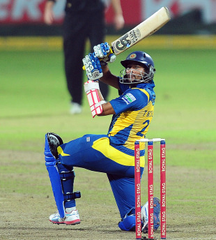 Tillakaratne Dilshan plays an unorthodox shot, Sri Lanka v New Zealand, 3rd ODI, Pallekele, November 6, 2012