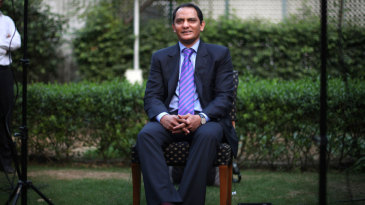 Mohammad Azharuddin addresses the press