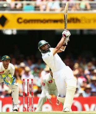 Hashim Amla hits Nathan Lyon for six, Australia v South Africa, 1st Test, Brisbane, 1st day, November 9, 2012