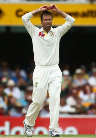 Rob Quiney bowled six overs on his first day in Test cricket, Australia v South Africa, 1st Test, Brisbane, 1st day, November 9, 2012